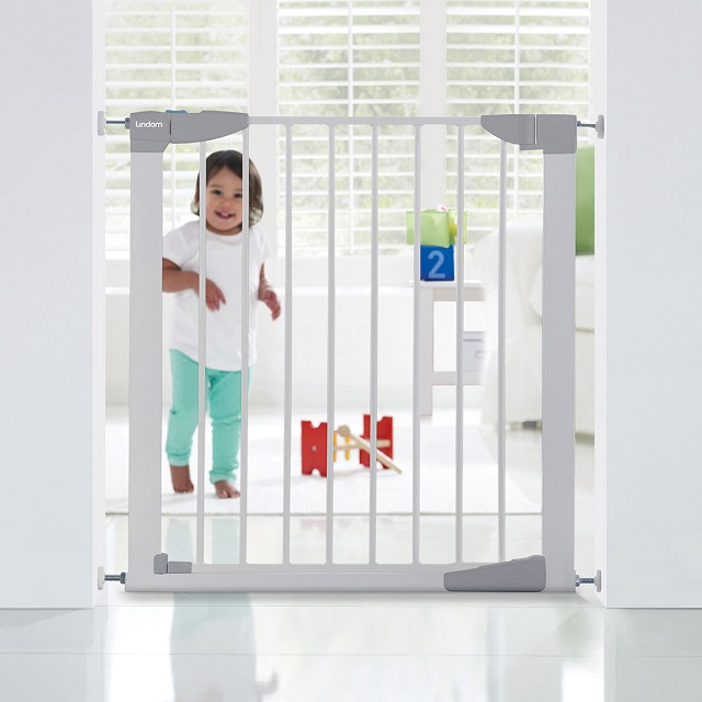 Sure Shut Orto Safety Gate Baby Gate Lindam